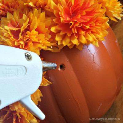hot glue pumpkin