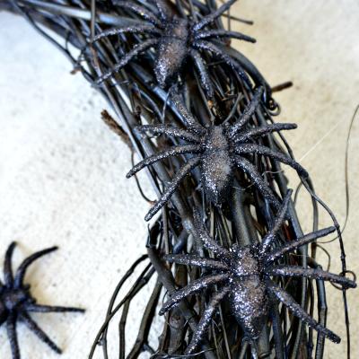 Spider Wreath - Glue spiders to wreath