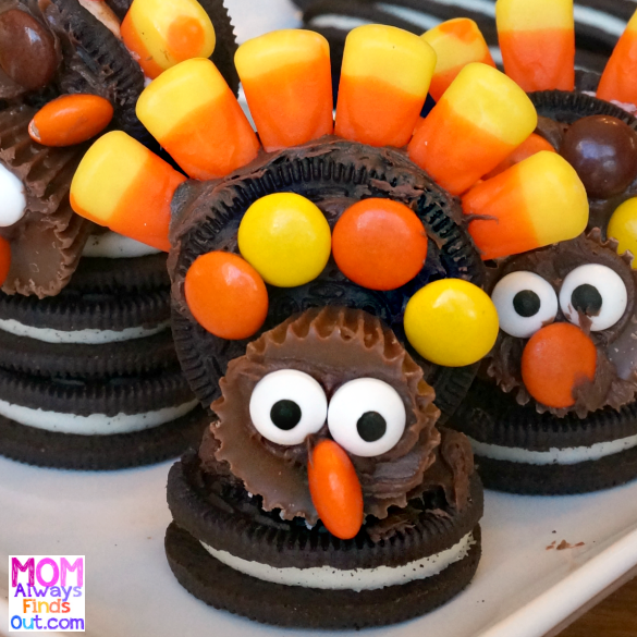 OREO cookie turkeys - Directions at @momfindsout