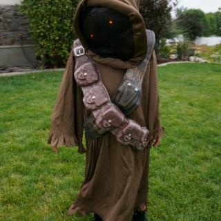 Star Wars Jawa Costume - Boys Halloween Costumes at Oriental Trading