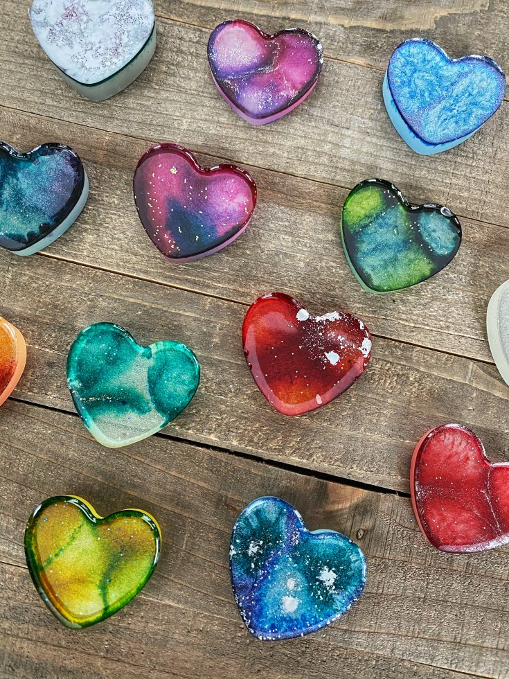 Learn how to make colorful hearts with resin and alcohol inks.