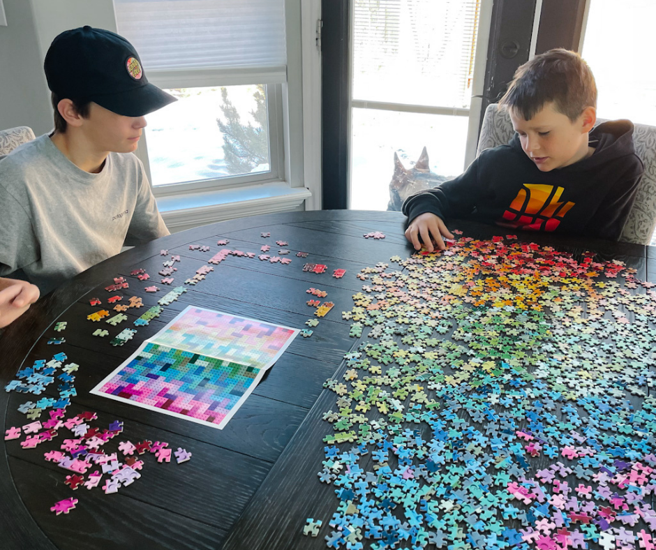 LEGO Rainbow Dream 1000 piece jigsaw puzzle - Mom Always Finds Out @momfindsout